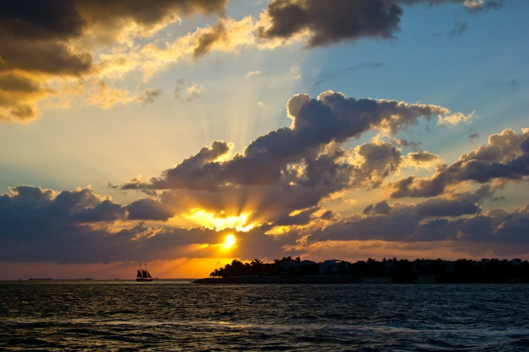sunset-324128_1920